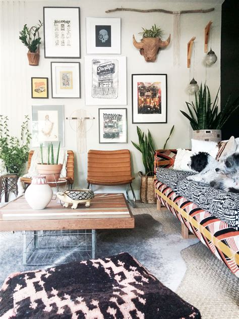 spectacular bohemian gallery wall ideas    statement