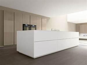 kuche mit viel stil und gute struktur kuche buntentor With balkon teppich mit weiße tapete ohne struktur