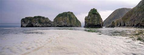 Greenpeace brīdina par ekoloģisko katastrofu jūrā pie ...