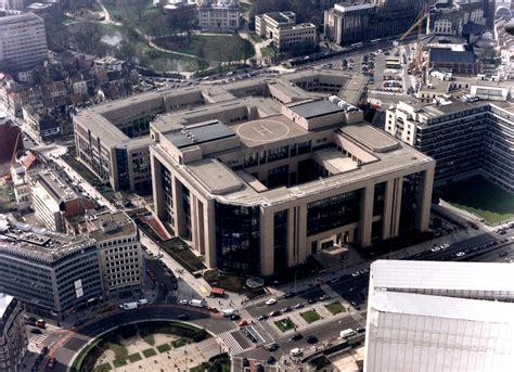 vue aérienne du bâtiment justus lipsius du conseil de l 39 union européenne à bruxelles cvce website