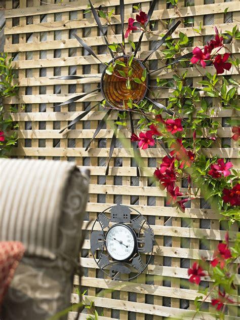 deco chambre beige la décoration extérieure avec un treillis de jardin