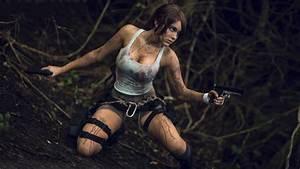 A Top Notch Quality Gallery of Lara Croft Cosplay