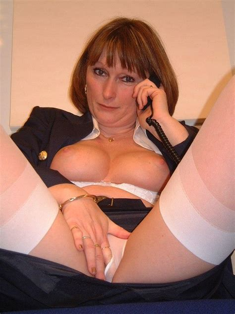Lovely Mature British Stocking Babe Jules 01 Picture 6