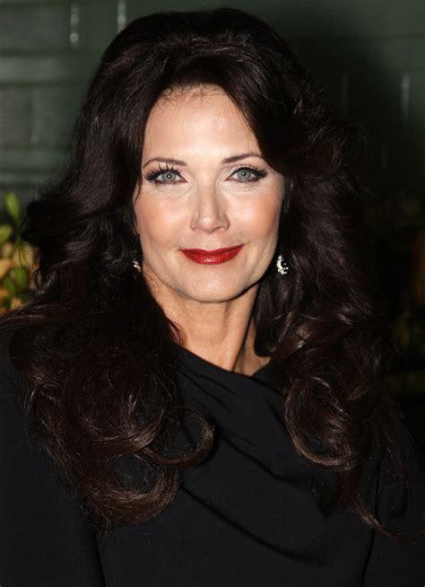 classify  woman actress lynda carter