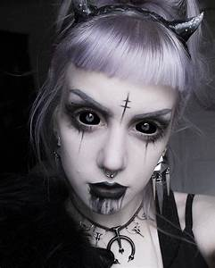"""manic-moth: """" Demon Girl Makeup of today . For some reason ..."""
