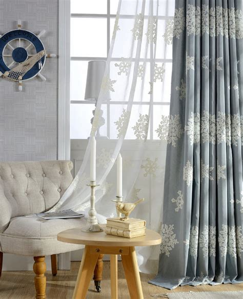 a pair of white sheer curtains made to order upto 104l