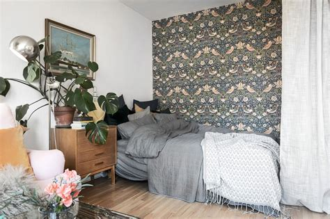 Create A Bedroom by How To Create A Bedroom In A Studio Apartment L Essenziale