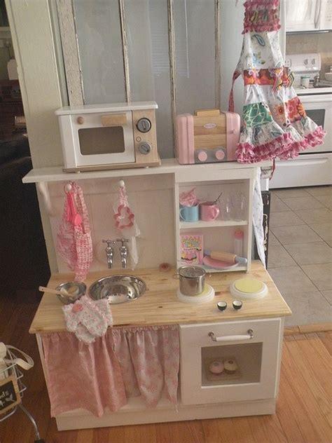 fabriquer cuisine pour fille fabriquer une cuisine pour enfant sous une etoile
