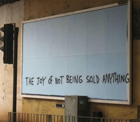 Funny Billboard Graffiti funniest billboard graffitis funny graffiti oddee 450 x 394 · jpeg