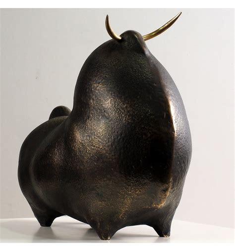 Sculpture Fighting Bull Pride in dark bronze   Animal ...