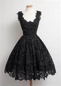 Black Patchwork Lace Pleated Zipper Grenadine Cut Out Midi Dress