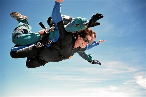 Parachute Dive by Louisiana Skydive Skydiving In Slidell New Orleans Usa