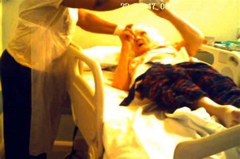 nurse abuses  woman  hospital bed   caught