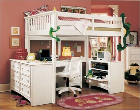 Loft Beds With Desks To Save Kid's Room Space