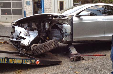 Tesla Model S Crash by Tesla Model S Crash Proves How Safe It Really Is