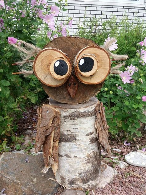 wise owl made from a tree stump and bark bildergebnis