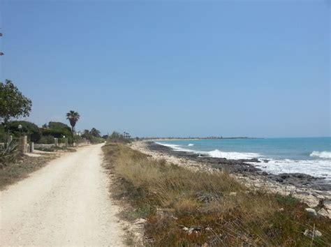 fosso ghiaia ravenna spiaggia marina di modica qspiagge