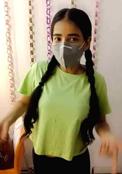 Free Photo: Sarika Bahroliya who plays Gudiya Humari Sabhi ...