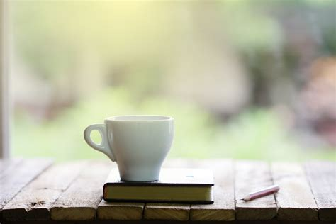 Beautiful Coffee Table Books To Add To Your Cottage Collection