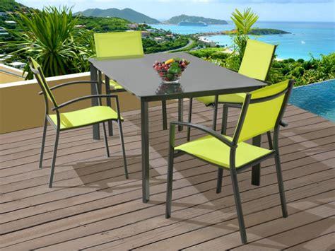 salle 224 manger de jardin une table et 4 fauteuils vert anis et anthracite oluniz