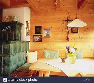 Wohnraum Kachelofen Zimmer Bauernstube Kche Wohnraum