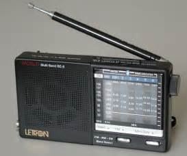 File:Radio.jpg - Wikimedia Commons