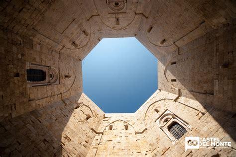 Castel Monte Interno scoprire e visitare castel monte in puglia