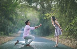 pre wedding pictures our favorite pre wedding photo shoots of april 2017 weddingsutra