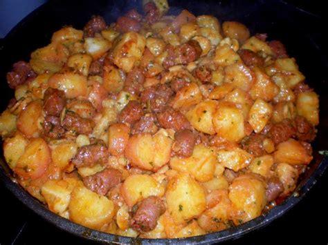 pommes de terre saut 233 es aux merguez et chignons photos