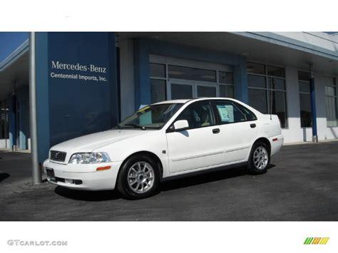 White Volvo S40 by 2004 White Volvo S40 1 9t 72398291 Gtcarlot Car