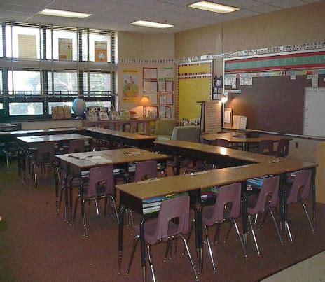 classroom desk arrangements ideas for classroom seating arrangements