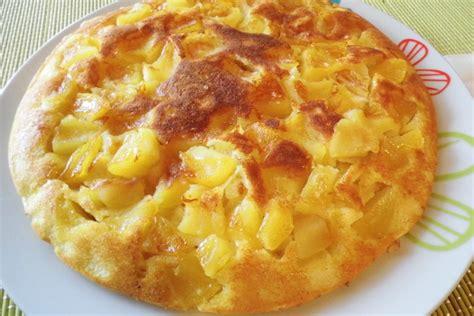 huile de coco pour cuisiner gâteau aux pommes à la poêle manger méditerranéen