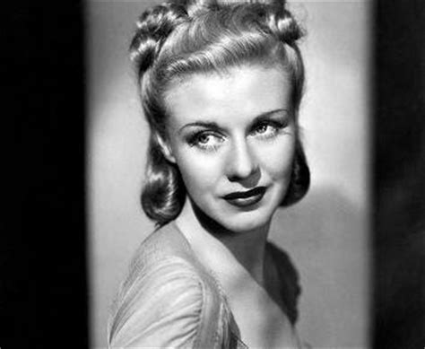 Late 1940s Hairstyles by Freemont Pages Tutorial Tuesday 1940 S Hairstyle