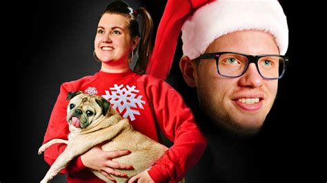 Awkward Family Photos - Neon Entertainment Booking Agency ...