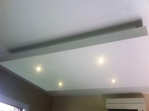 faux plafond rail montant les 25 meilleures id 233 es de la cat 233 gorie faux plafond led sur eclairage led plafond