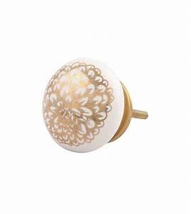 Bouton De Meuble : bouton de meuble fleur d 39 oeillet dor e et porcelaine blanche boutons ~ Teatrodelosmanantiales.com Idées de Décoration