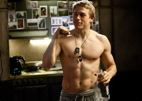 Paul Rudd Halloween 6 Interview by Spy Charlie Hunnam Shirtless In Pacific Rim