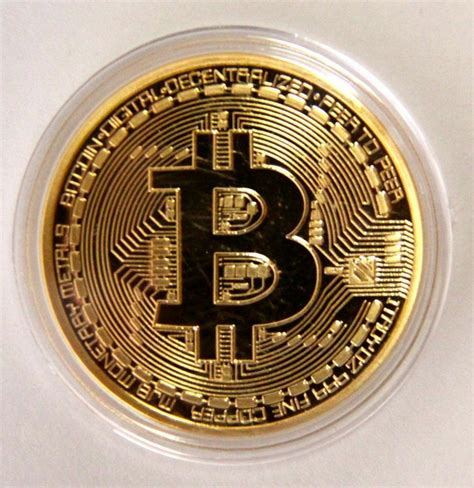 Unlike traditional currencies such as dollars, bitcoins are issued and managed without any central authority. Gold Bitcoin Commemorative Round Collectors Coin Bit Coin ...