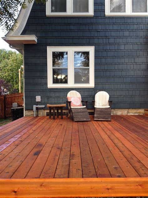 kansas city building   ground cedar deck