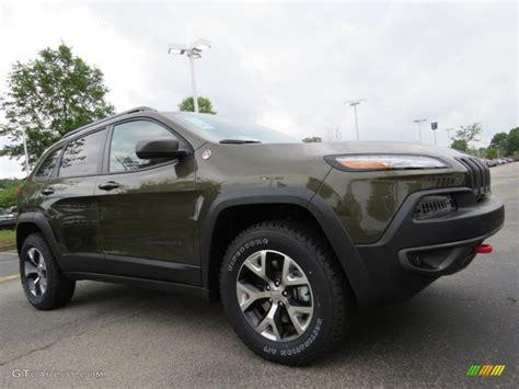 trailhawk jeep green eco green pearl 2014 jeep cherokee trailhawk 4x4 exterior