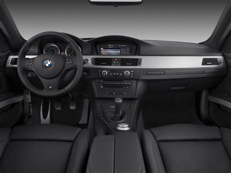 image  bmw  series  door coupe  dashboard size