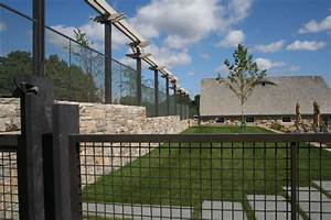 Charming Building A Wire Mesh Fence Photos - Electrical ...