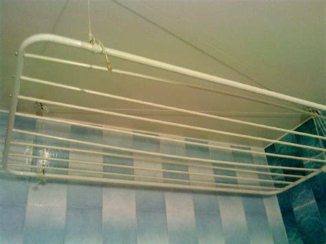 cuisine annecy étendage séchoir suspendu au plafond à annecy