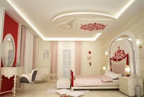 faux plafond pour chambre plafond platre tendu decoration plafond