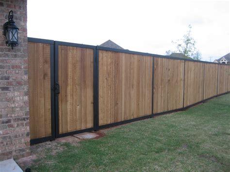 Zaun Holz Metall by Metal Post Cedar Fence Search Fence