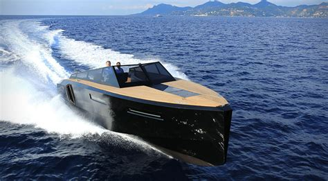 Fast Boats To Buy by Evo 43 Speedboat By Evo Yachts Hiconsumption