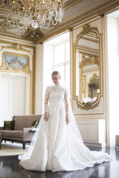pictures  nicky hiltons valentino bridal gown