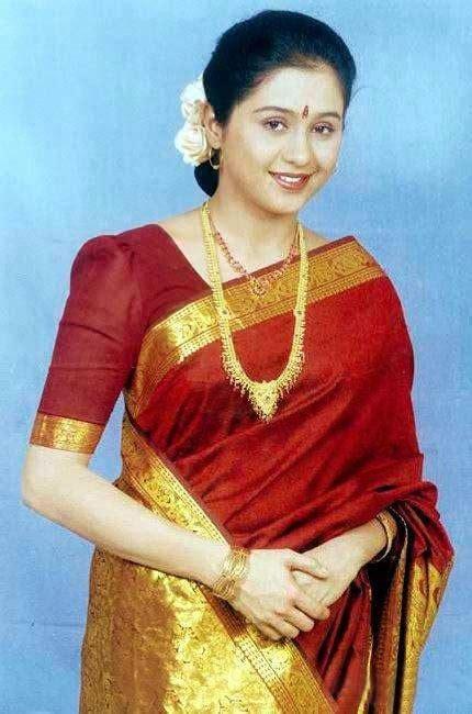 actress devayani saree  actress saree photossaree