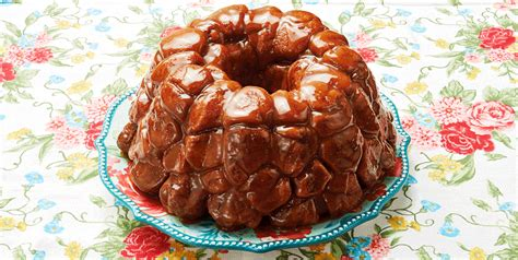This recipe for monkey bread using biscuits is so easy to make. Monkey Bread With 1 Can Of Biscuits / Monkey Bread For Two Stephie Cooks / This recipe is ...