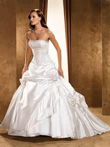 simple cheap wedding dresses wedding dresses inexpensive simple wedding dresses